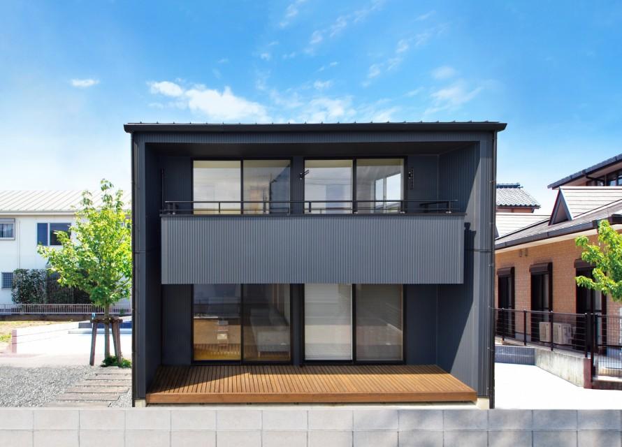 カッコイイ黒い何か|郡山市 新築住宅 大原工務店のブログ