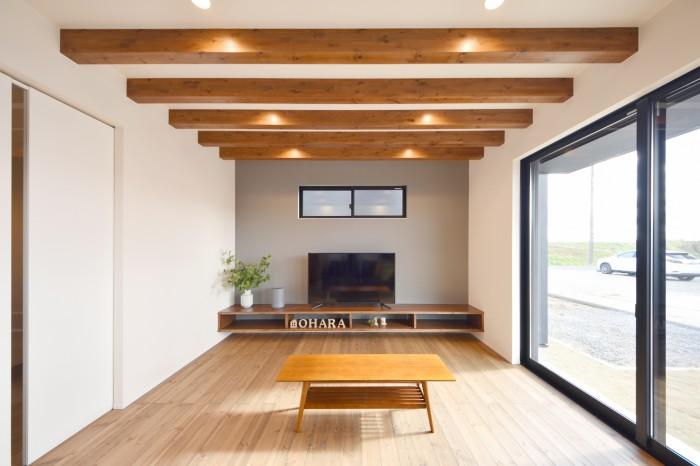 郡山市安積町モデルハウス「ライフボックス」のリビングです!| 郡山市 新築住宅 大原工務店のブログ