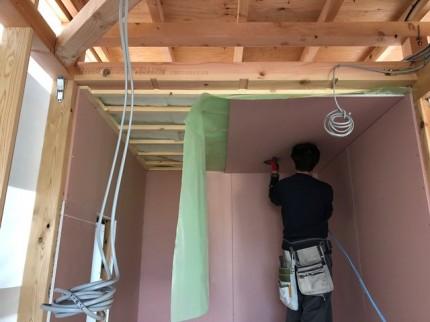 天井の石膏ボード施工です。|郡山市 新築住宅 大原工務店のブログ