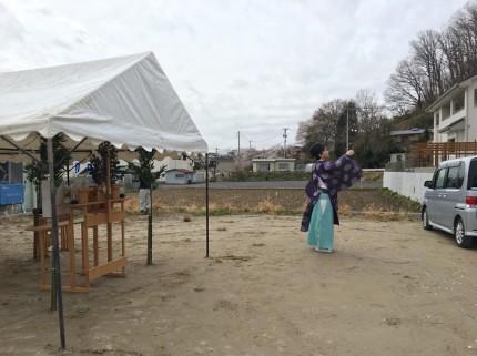 地鎮祭では、四方祓い(しほうはらい)をやってもらいます。田村市船引町|郡山市 新築住宅 大原工務店のブログ