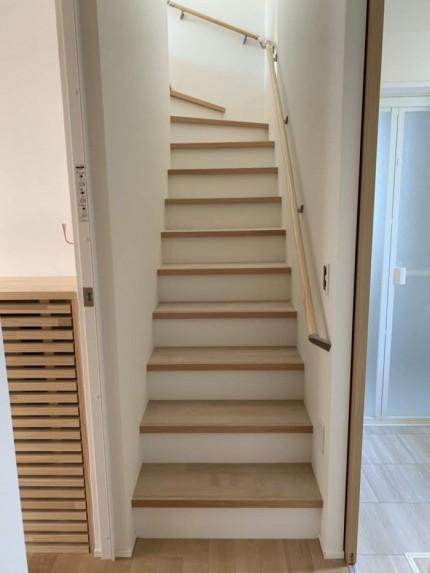 大原工務店で建てている新築注文住宅のカッコいい階段です。郡山市昭和| 郡山市 新築住宅 大原工務店のブログ