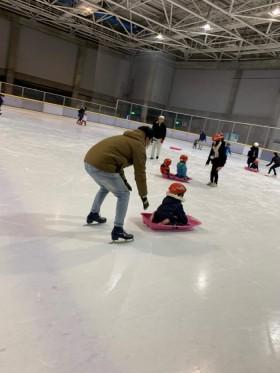 大原工務店のイベントで、スケートリンクを貸し切ってイベントを行いました。郡山市熱海| 郡山市 新築住宅 大原工務店のブログ
