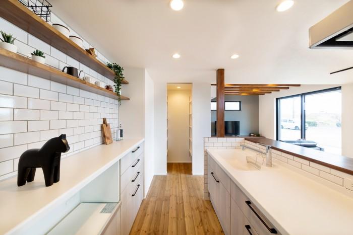 モデルハウス「ライフボックス」のキッチンです!  郡山市 新築住宅 大原工務店のブログ