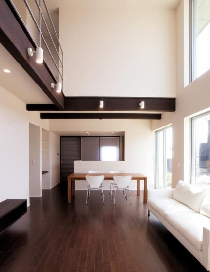 シンプルデザインを追求した注文住宅「Jupiter Cube」-リビング・ダイニング-|郡山市 注文住宅 大原工務店の施工例