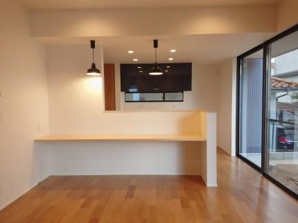 食事ができるキッチンカウンターです。本宮市葭ヶ入| 郡山市 新築住宅 大原工務店のブログ