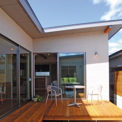 光と風をとりこみ、外部の視線を遮る、中庭のある平屋|郡山市 注文住宅 大原工務店 施工例