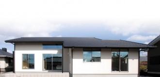 小屋裏空間とスキップフロアで構成される平屋-外観-|郡山市 注文住宅 大原工務店の施工例