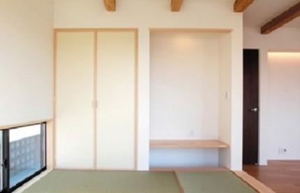 深い軒先を持つ片流屋根の家~和室~ 郡山市 注文住宅 大原工務店の施工例