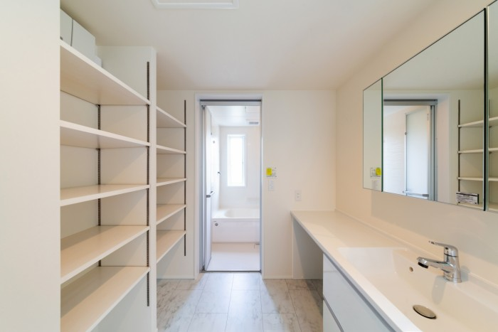 K様邸の白を基調とした洗面所です| 郡山市 新築住宅 大原工務店のブログ