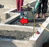 土間部分は、コンクリートが露出する為、土間の周りに断熱材を施工してます。郡山市大槻町|郡山市 新築住宅 大原工務店のブログ