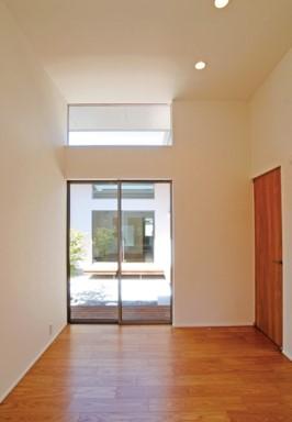 中庭からの採光・通風に配慮したコートハウス-平屋-|郡山市 注文住宅 大原工務店 施工例