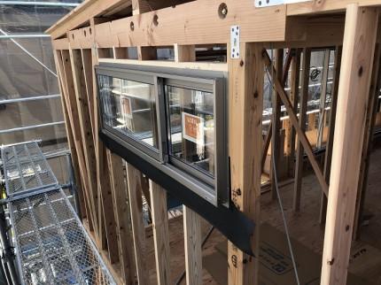 新築注文住宅T様邸では、サッシが入りました。郡山市亀田|郡山市 新築住宅 大原工務店のブログ