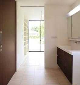 白と黒のモノトーンが光るモダンな箱型の注文住宅|郡山市 注文住宅 大原工務店の施工例