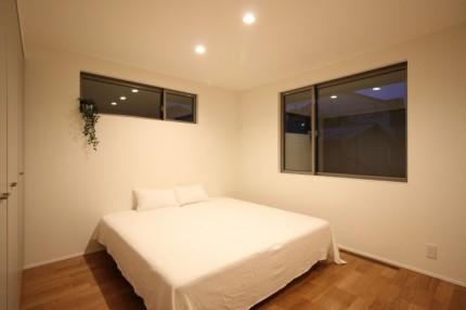 郡山市モデルハウス「中庭のある平屋」寝室|郡山市 新築住宅 大原工務店のブログ