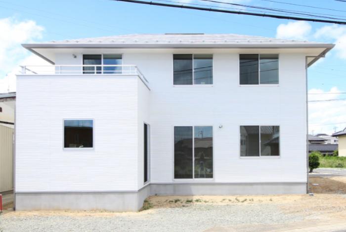 寄棟屋根の外観その②|郡山市 新築住宅 大原工務店のブログ