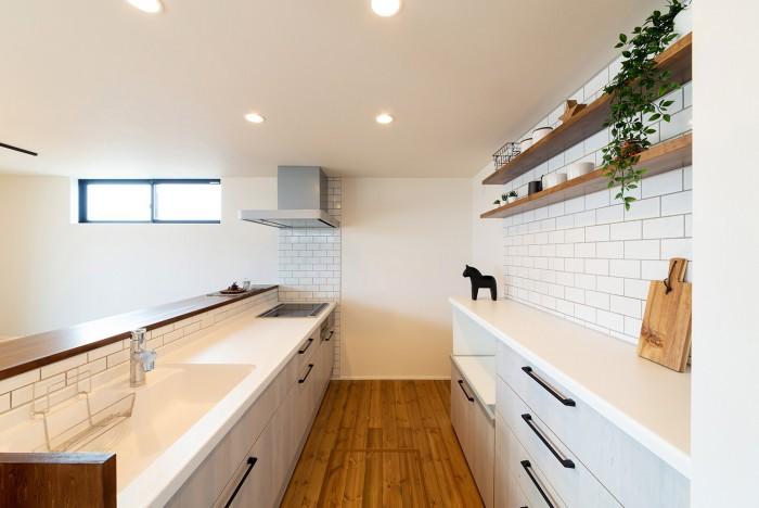 モデルハウス「ライフボックス」キッチン|郡山市 新築住宅 大原工務店のブログ