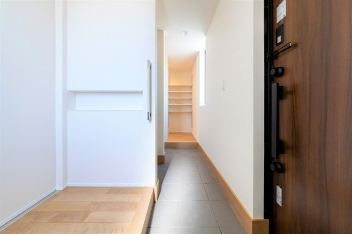 H様邸の玄関ホールです。| 郡山市 新築住宅 大原工務店のブログ