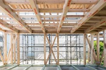 柱と壁の直下率60%以上で地震に強い家に