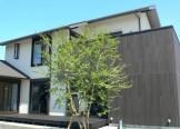 黒白のコントラストが美しい和の住まい-外観-|郡山市 注文住宅 大原工務店の施工例