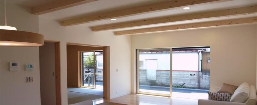 開放感溢れる和モダンな注文住宅AZUSA-リビング-|郡山市 注文住宅 大原工務店の施工例