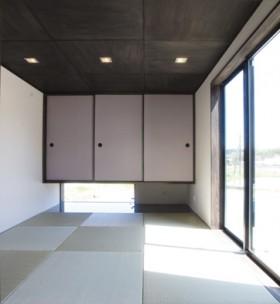 シックでモダンな佇まい、上品な色合いの安らぎの家-和室-|郡山市 注文住宅 大原工務店の施工例