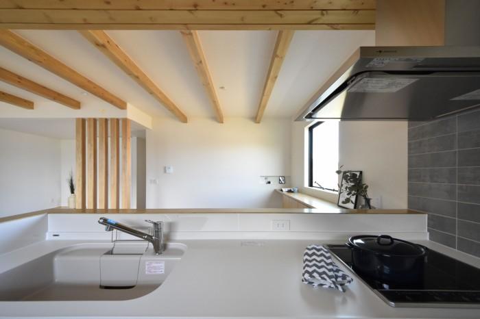 須賀川市H様邸キッチンからの様子です。|郡山市 新築住宅 大原工務店のブログ