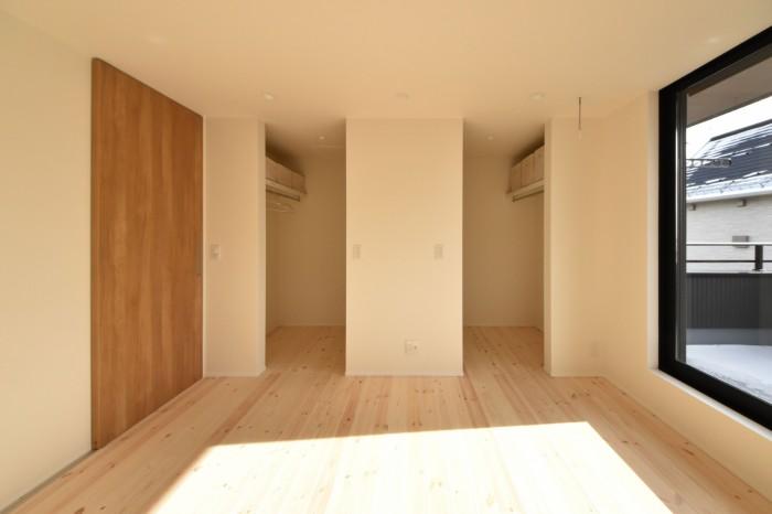 主寝室のウォークインクローゼット 郡山市 新築住宅 大原工務店のブログ