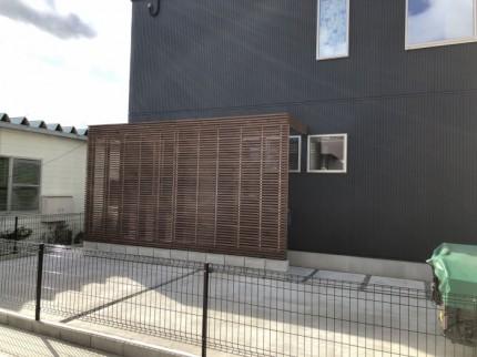 玄関の目隠しルーバーが完成しました。田村市船引町| 郡山市 新築住宅 大原工務店のブログ