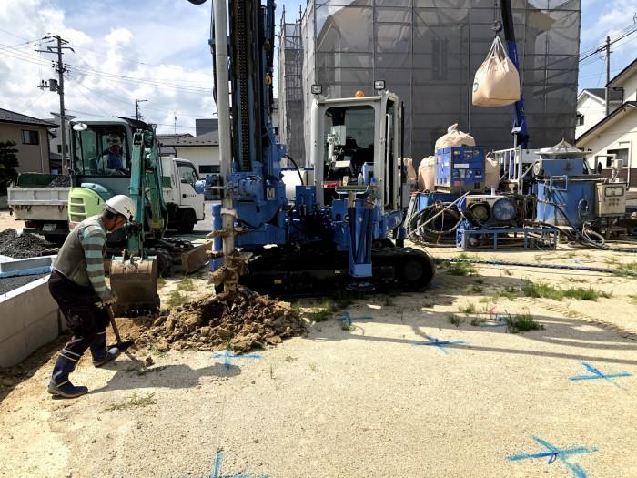 穴を掘っっているところです。|郡山市 新築住宅 大原工務店のブログ