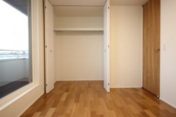 大原工務店では、優れたデザイン性の扉を使用しています♩