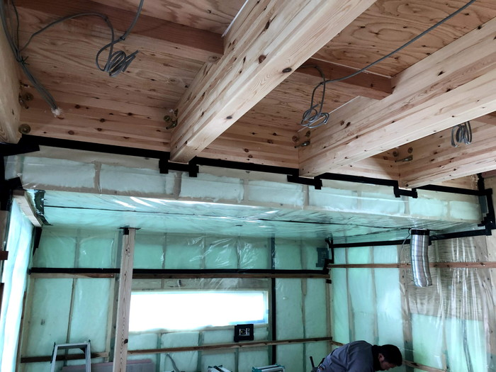 下屋の取り合いの気密処理です。|郡山市 新築住宅 大原工務店のブログ