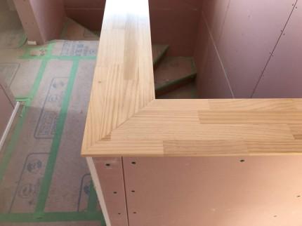 階段の笠木の施工完了です。|郡山市 新築住宅 大原工務店のブログ