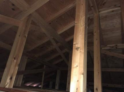 天井裏の点検です。|郡山市 新築住宅 大原工務店のブログ