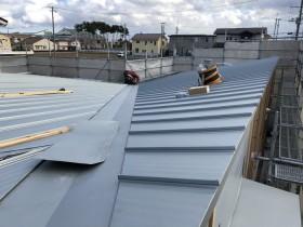 ガルバリウムの屋根です。 郡山市 新築住宅 大原工務店のブログ