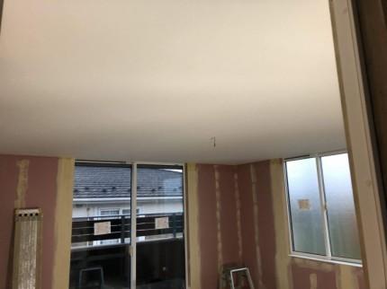 壁紙を貼ると、こんな感じです。郡山市富田町| 郡山市 新築住宅 大原工務店のブログ