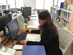 書類作成をする黒須です。郡山市安積町|郡山市 新築住宅 大原工務店のブログ