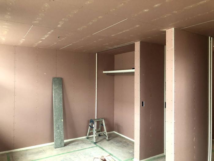 石膏ボードのパテ処理です。|郡山市 新築住宅 大原工務店のブログ