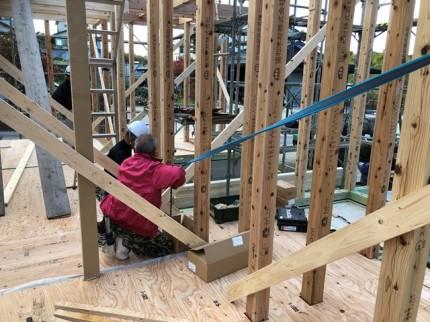 新築の垂直確認です。 郡山市 新築住宅 大原工務店のブログ