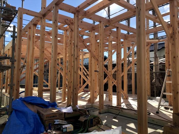 1階部の上棟の様子です。田村郡三春町| 郡山市 新築住宅 大原工務店のブログ