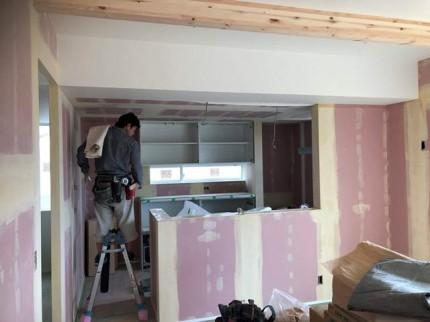 クロスの仕上げです。|郡山市 新築住宅 大原工務店のブログ