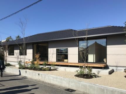お手本としている会社の平屋モデルハウスです。 郡山市 新築住宅 大原工務店のブログ