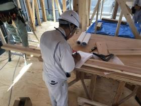 大原工務店で新築注文住宅建築中H様邸、チェックリストをもとに検査してもらっているところです。郡山市安積町| 郡山市 新築住宅 大原工務店のブログ