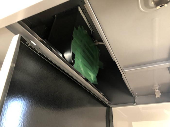 キッチンの換気扇を塞いでいきます。郡山市田村町Y様邸| 郡山市 新築住宅 大原工務店のブログ