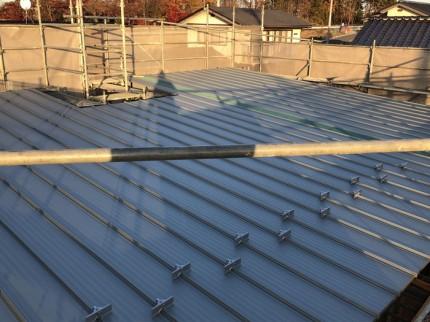 ガルバリウム鋼板の屋根の完成です。|郡山市 新築住宅 大原工務店のブログ