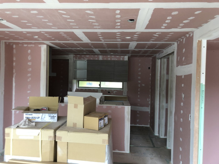 壁紙の施工前です。 郡山市 新築住宅 大原工務店のブログ