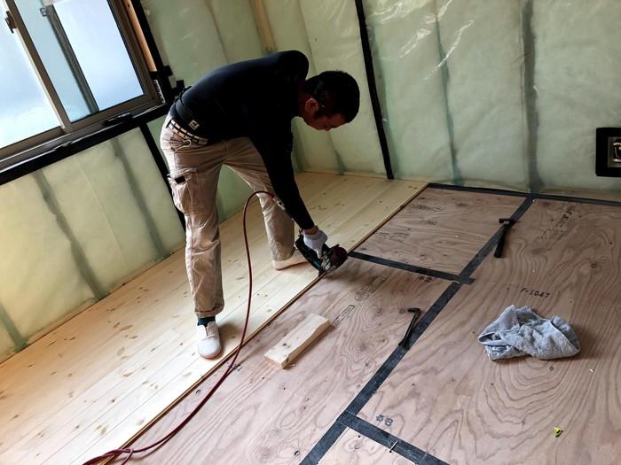 床板の施工です。|郡山市 新築住宅 大原工務店のブログ