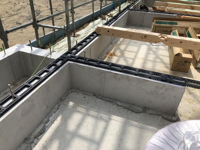 基礎パッキンの敷き込み完了です。|郡山市 新築住宅 大原工務店のブログ