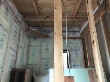 断熱材施工されております。本宮市葭ヶ入|郡山市 新築住宅 大原工務店のブログ