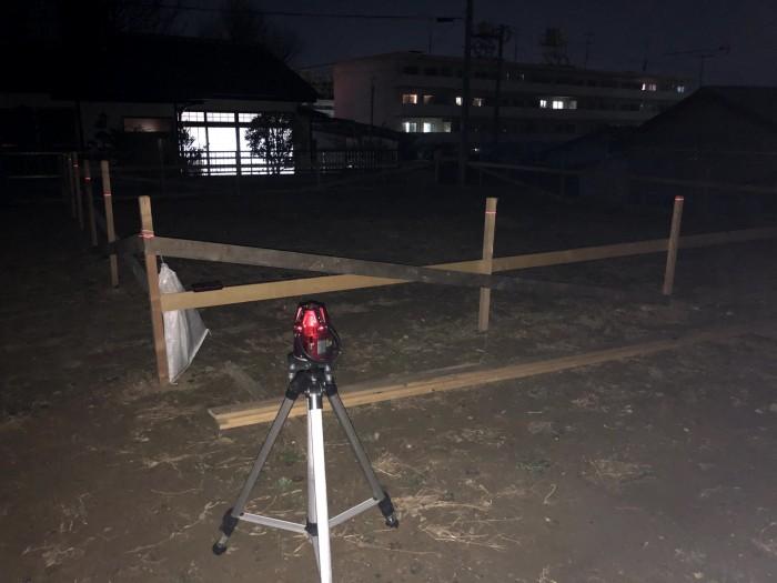 レーザーレベルを使って高さを測っていきます。郡山市深沢| 郡山市 新築住宅 大原工務店のブログ