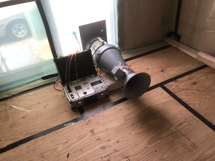 気密測定の始まりです。|郡山市 新築住宅 大原工務店のブログ
